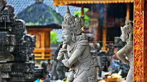 Tirta Empul Temple 1/2 by Tripoto