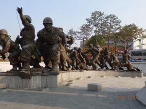 War Memorial of Korea 1/2 by Tripoto