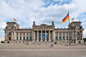 Reichstag Building 1/2 by Tripoto