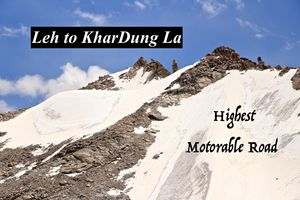 Independence Day!! How it feels like to ride on World Highest Motorable Road | Leh to KharDung La