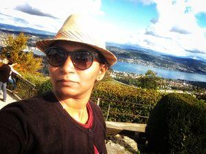 #SelfieWithAView  #TripotoCommunity  Sunkissed Zurich