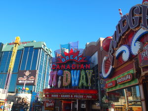 Clifton Hill Niagara Falls 1/undefined by Tripoto