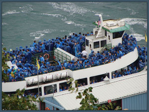 Maid of the Mist Boat Tour 1/1 by Tripoto