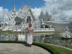 Wat Rong Khun Pa Tan Chiang Rai Thailand 1/1 by Tripoto