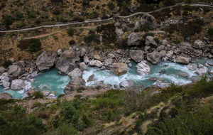 Trekk to Vasudhara Fall