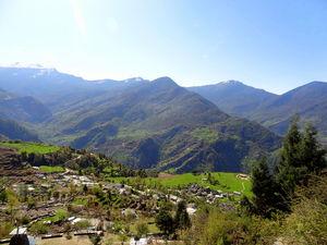 Deoria Tal.. reflecting beautiful peaks
