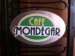 Cafe Mondegar - An Iconic Restaurant In Mumbai - The Global Passenger