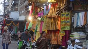 Explore the Best Cloth Market in Indore