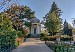Places to visit in Leamington Spa - Jephson Gardens