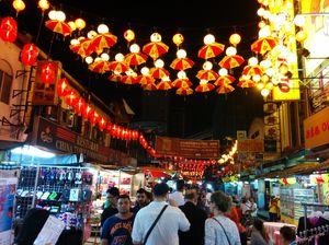 Flea Market Petaling Street Jalan Petaling Kuala Lumpur Federal Territory of Kuala Lumpur Malaysia 1/1 by Tripoto