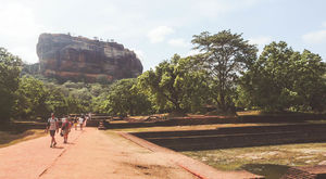 Tips for visiting the mighty fortress of Sigiriya