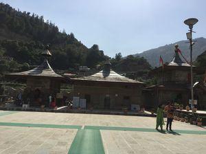 OFFBEAT | Chanshal Pass | Dodra Kwar | Larot PABBAR VALLEY