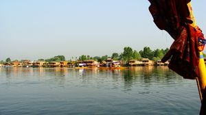 Dreamy Dal Lake