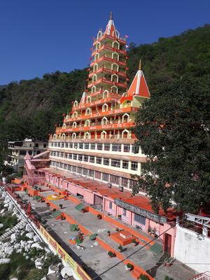 Hrishikesh!! (Home to God, Heaven to Humans) | Trip to Haridwar and Hrishikesh, Part-II