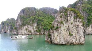 Bai Tu Long Bay Natural World Wonder...
