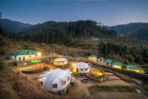 This Eco- Resort in Himachal Pradesh lets you stay in Domes and Cottages with amazing views