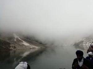 Explore the beauty of Hemkund Sahib
