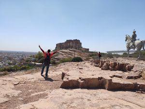 Weekend Budgeted Trip |Unexplored Place | Mandor garden | old fort |Raavan ka Sasural |