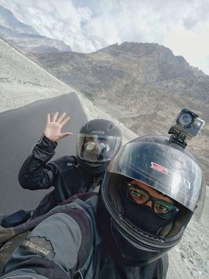 Couples Ride to Heaven on Earth (Kashmir & Ladakh) Part-I