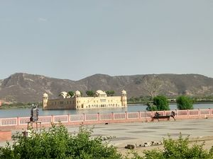 In the lap of Royalty #rajasthaninphotos
