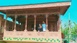 Experience Living in Kashmiri Houseboat
