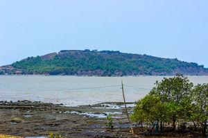 Offbeat Maharashtra: Korlai Fort
