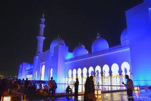 Beautiful Sheikh Zayed Mosque of Abu Dhabi !