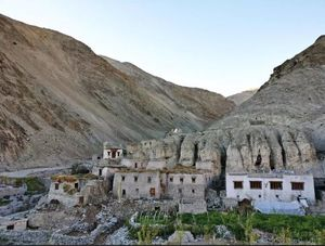 13 Best Places To Stay In Ladakh: Homestays, Budget Hotels And Luxury Resorts