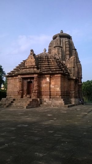 Raja Rani Temple 1/undefined by Tripoto