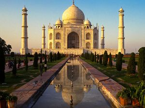 Plan a golden triangle tour 4 nights 5 days for Agra