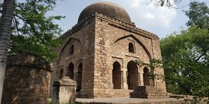 Haven for heritage,fun and frolic-Hauz Khas Village,New Delhi