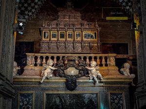 Exploring Goa's bom jesus chruch