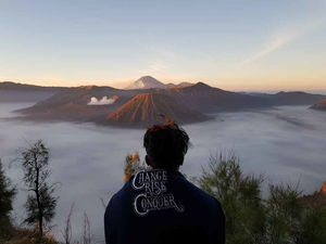 Mount Bromo : Great View,Tiresome Hike, Active Volcano, An Unforgettable Experience