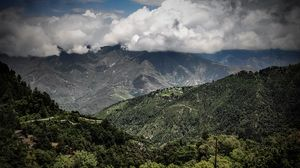 """Mussoorie """"The catchy queen of hillstations"""""""