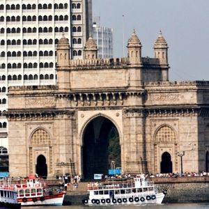 Top 6 Tricks for a Handy Flight Booking to Mumbai