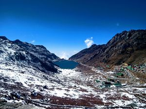 A day trip to tsomgo lake  , east sikkim under 5k ..