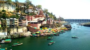 The ॐ of India > Onkareshwar
