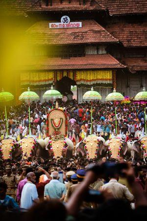 Thrissur pooram pic 1