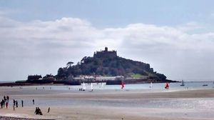 St Michael's Mount 1/1 by Tripoto