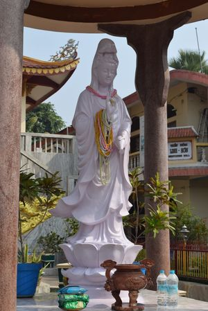 Vietnames Temple (Linh Son Vietnam Chinese Buddhist Temple)