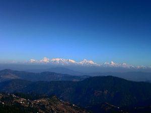 Kumaon (panoramic view of Nanda Devi Peaks) - Himalayan Peaks