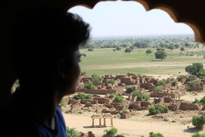 KULDHARA :India's most haunted village....U must take a look here !!