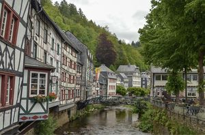 Monschau 1/undefined by Tripoto
