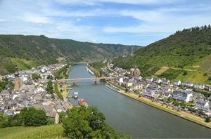 Germany – Chasing Castles and Fairytale Towns in Moselle Valley