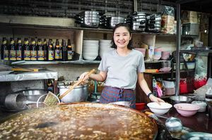 While You Complain about Yesterday's Leftovers, This Thai Eatery Serves a 40-year-Old Soup!