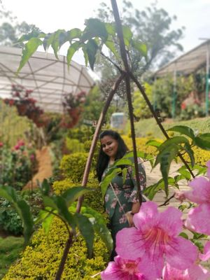 What to experience at the world famous Rose garden of munnar , kerala.