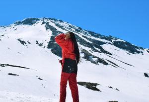 Rohtang Pass : A Budget Getaway #roadtrip #adventure