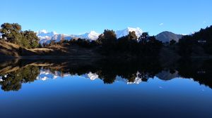 Deoria Tal( Reflection Lake)