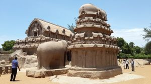 Mahabalipuram... History and Beaches...
