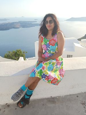 A broken foot didn't stop me from dressing up!! #vacationoutfits #IssSummerBaharNikal